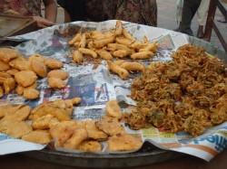 fried peppers and kachori and pakora