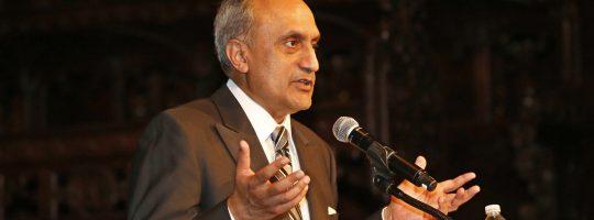 Manoj Bhargava honored at AIF Gala