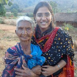 Picture1: Palak Aggarwal (right) co-founder of Batti Ghar during her stay in the villages of Orissa